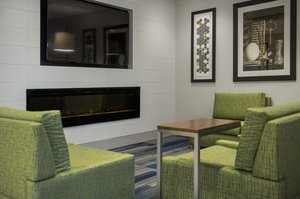 Lobby - Holiday Inn Express Hotel & Suites Airdrie
