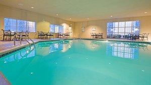 Pool - Staybridge Suites Mt Laurel