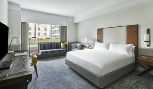 Room - Ritz-Carlton Hotel at Boston Common