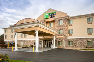 Exterior view - Holiday Inn Express Hotel & Suites Clinton