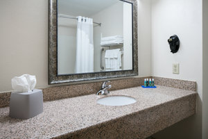 - Holiday Inn Express Hotel & Suites Clinton