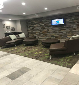Lobby - Candlewood Suites Independence