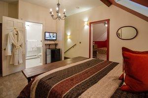 Room - Heart of the Village Inn Shelburne