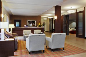 Lobby - Four Points by Sheraton Hotel South Winnipeg