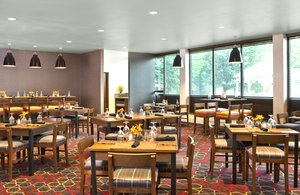 Restaurant - Four Points by Sheraton Hotel Scranton