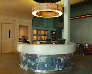 Lobby - Aloft Hotel Minneapolis