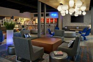 Bar - Aloft Hotel University Calgary