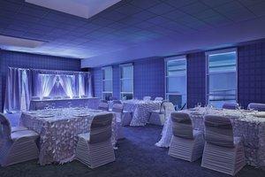 Meeting Facilities - Aloft Hotel University Calgary