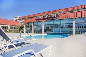 Pool Four Points By Sheraton Hotel Lexington