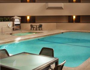 Pool - Sheraton Hotel Minnetonka