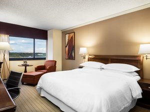 Room - Sheraton Hotel Edison