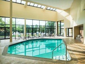 Pool - Sheraton Hotel Edison