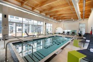 Pool - Element Hotel Hanover