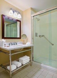 - Sheraton Hotel Woodbury