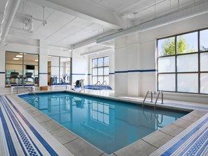 Pool - Sheraton Hotel Woodbury