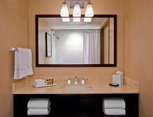 - Sheraton Crossroads Hotel Mahwah