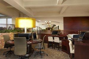 Lobby - Sheraton Hotel Red Deer
