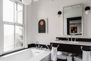 - Dwell Hotel Chattanooga