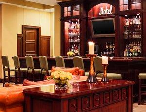 Bar - Sheraton Hotel Downtown Duluth