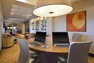 Lobby - Sheraton Hotel Framingham