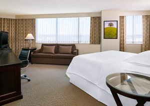 Room - Sheraton College Park Hotel Beltsville