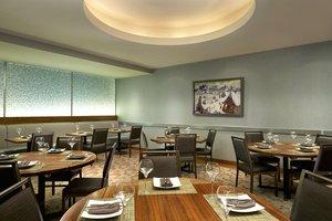 Restaurant - Westin Hotel Calgary
