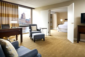- Sheraton Station Square Hotel Pittsburgh