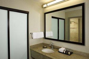 - Sheraton Suites Airport Orlando