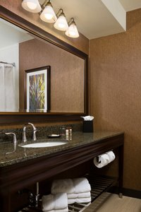 - Sheraton Hotel at Monarch Place Springfield