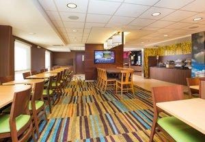 Restaurant - Fairfield Inn by Marriott Middleboro