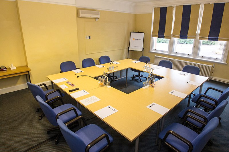 Holly Meeting Room