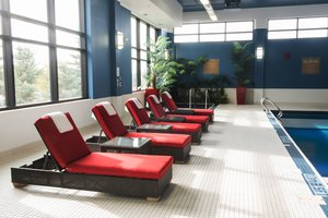 Pool - Four Points by Sheraton Hotel South Winnipeg