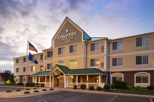 Exterior view - Country Inn & Suites by Radisson Big Rapids