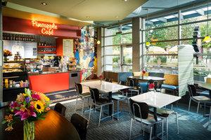 Restaurant - Staypineapple Watertown Hotel Seattle