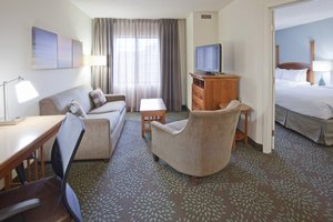 Room - Staybridge Suites Maple Grove