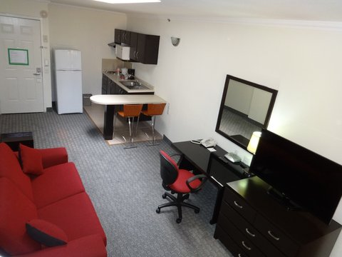 2 Room suite with single beds