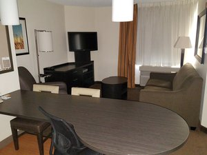 Room - Candlewood Suites West Des Moines