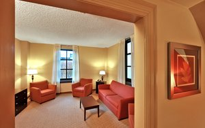 Suite - Holiday Inn Express Downtown Baltimore