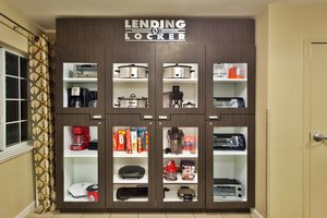 Lobby - Candlewood Suites Huntsville