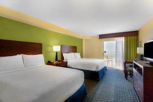 Room - Holiday Inn Hotel & Suites Daytona Beach