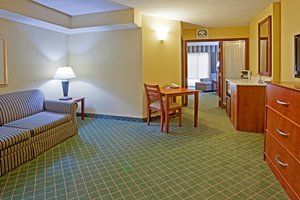 Suite - Holiday Inn Express Hotel & Suites Coon Rapids