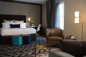 Room - Kimpton Hotel Allegro Chicago