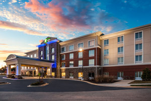 Exterior view - Holiday Inn Express Hotel & Suites California