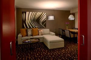 Room - Kimpton Hotel Palomar Los Angeles