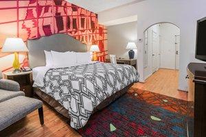 Room - Hotel Indigo Galleria Houston