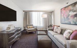 Suite - Crowne Plaza Hotel Downtown Denver