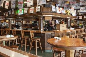 Bar - Holiday Inn Hotel & Suites Northwest Des Moines