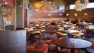 Restaurant - Holiday Inn Southwest Omaha
