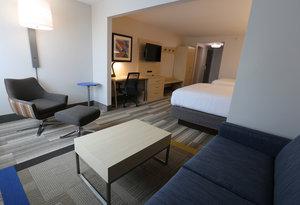 Suite - Holiday Inn Express Biloxi Beach