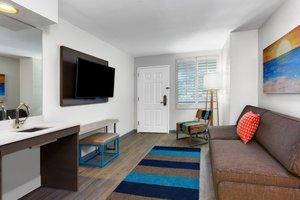Suite - Holiday Inn Resort Orlando Suites Waterpark